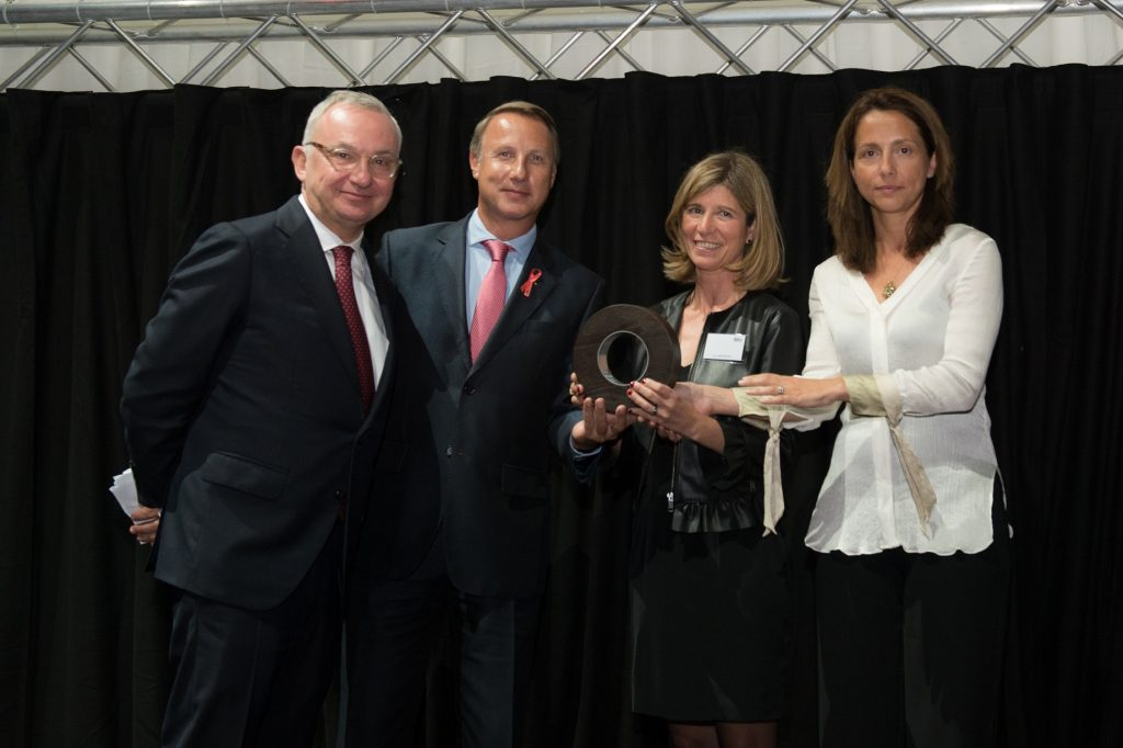 Dr. Baselga FERO Thys Niermeyer ghd y las ganadoras de la Beca ghd