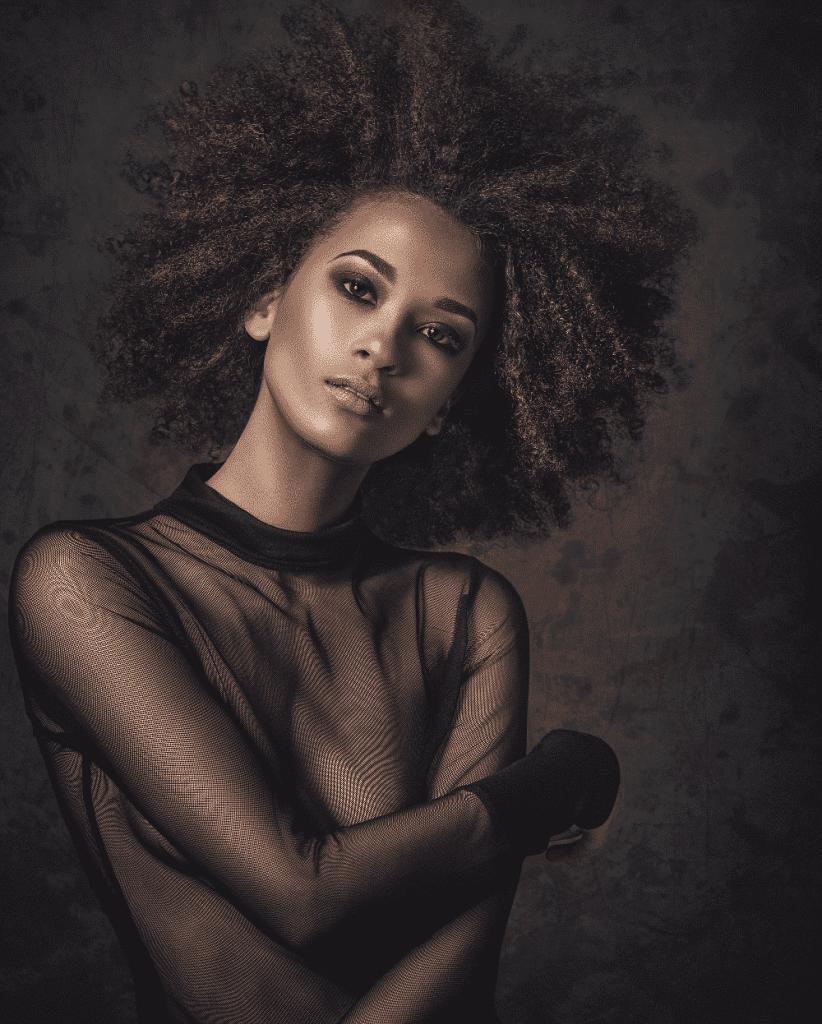 Pelo Afro - Cuidados, cortes y Peinados