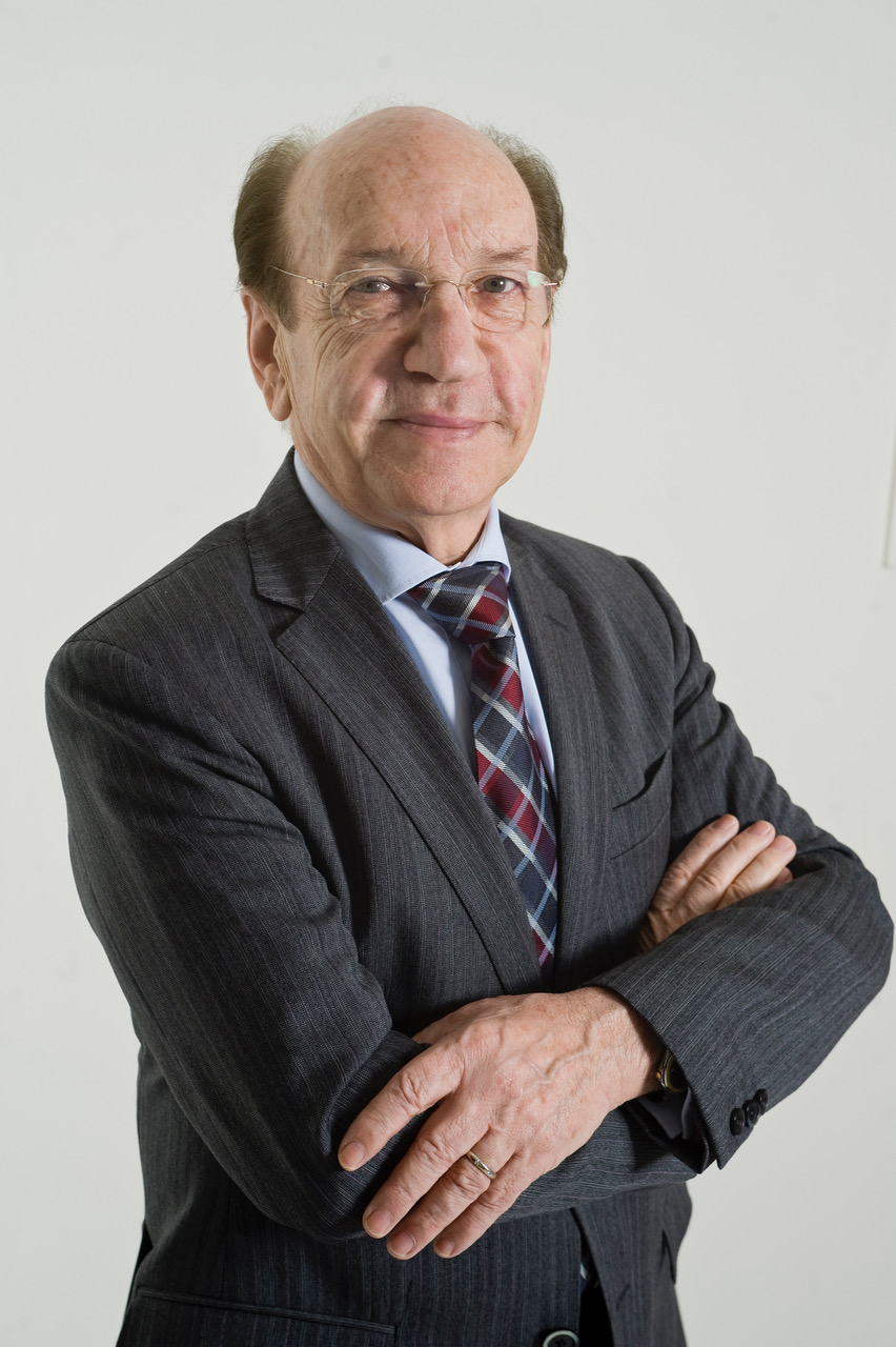 Victor Martinez Vicario