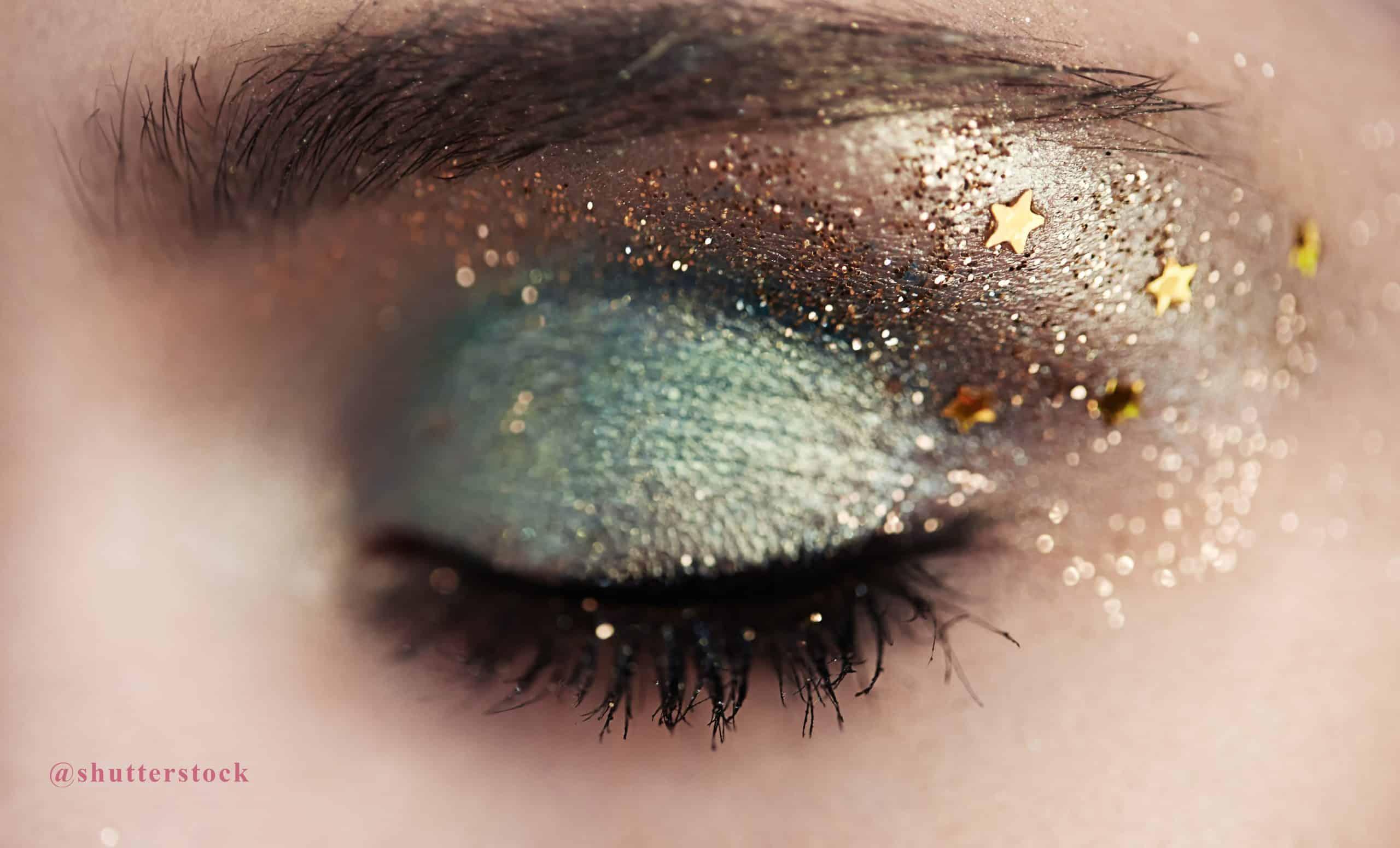 shutterstock_394325350 maquillaje glitter ojos @